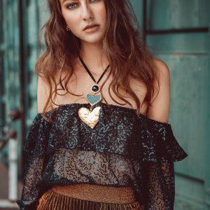 Ester Tesaříková 102